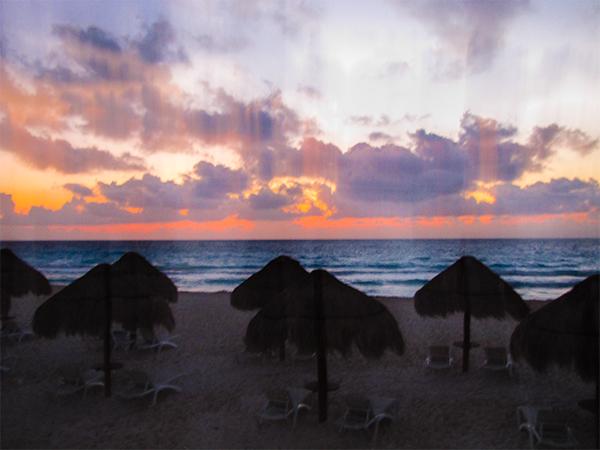 Мексика.  Полуостров Юкатан. закат