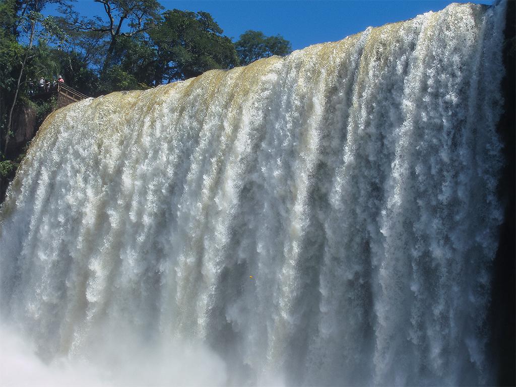 водопады-игуасу