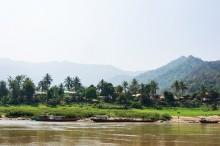 Лаос-Луанг-Прабанг-лодка-1